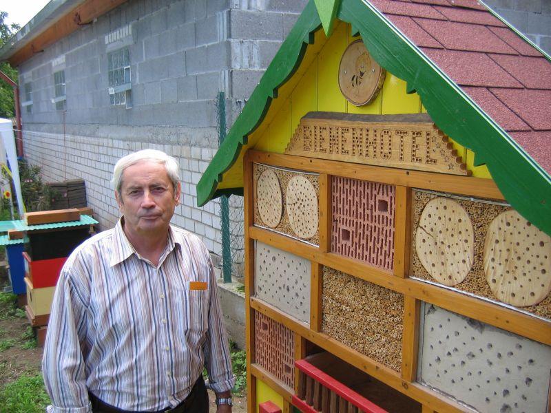 Bienenlehrgarten_2010_01