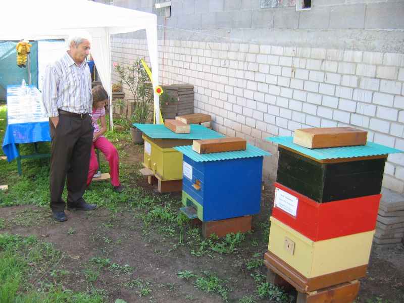 Bienenlehrgarten_2010_04